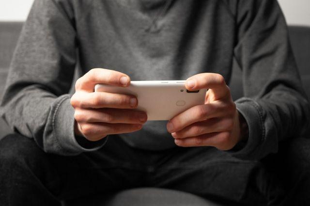 Прочные смартфоны, которые даже без царапин прошли тест на 100 падений, на рынке есть