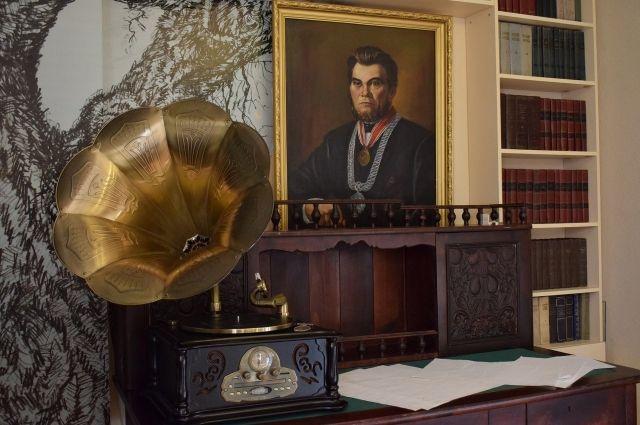 К 435-летию Библиотеке истории города присвоят имя Текутьева