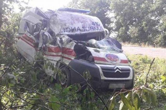 В Винницкой области автомобиль скорой помощи попал в ДТП: есть пострадавшие.