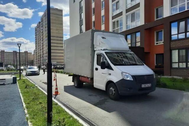 Тюменские автоинспекторы рассказали подробнее о ДТП на улице Обдорской