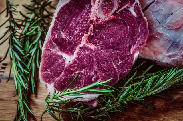 По итогам первых трех месяцев 2021 года производство говядины в России осталось на уровне прошлого года.
