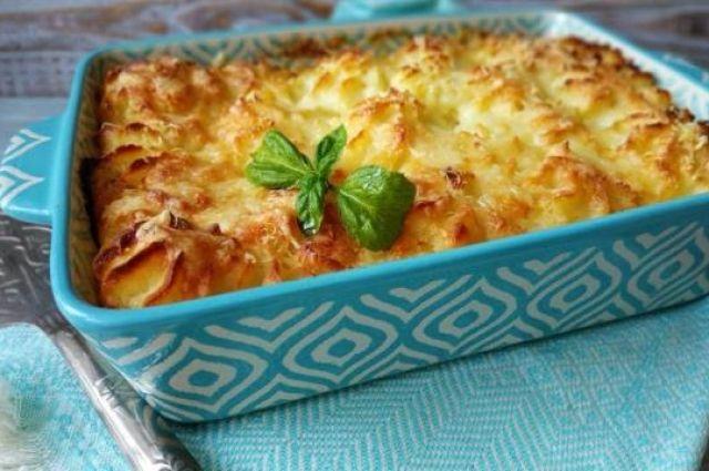 Картофельная запеканка с курицей: рецепт сытного блюда.