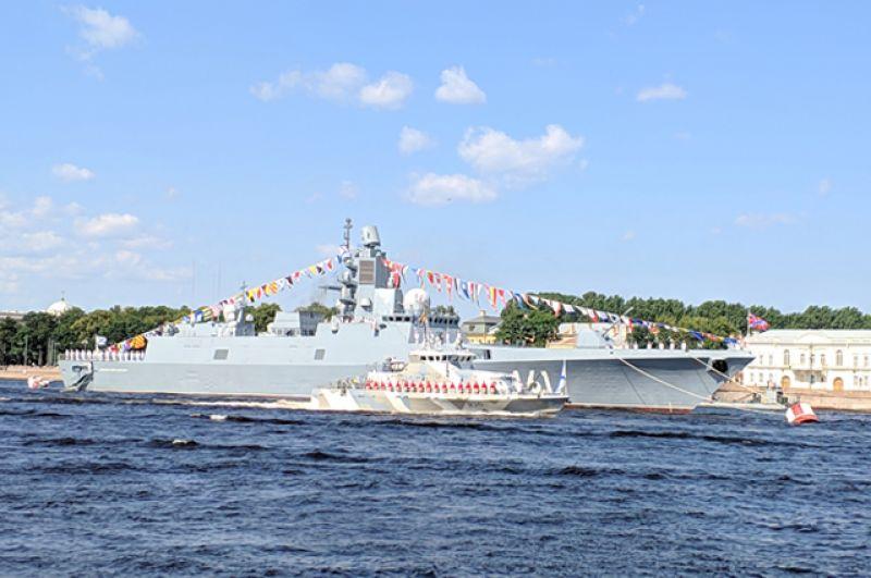Участие в проходке по Неве примут фрегаты из Индии, Ирана и Пакистана.
