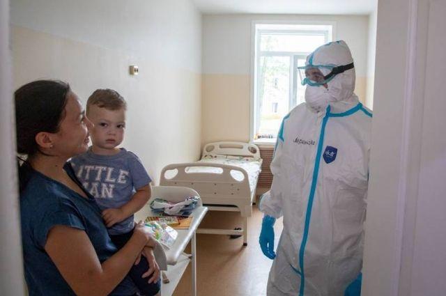 В педиатрическом отделении Корсаковской ЦРБ на лечении находятся 13 детей, большинство – старше 9 лет, но есть и четверо малышей.