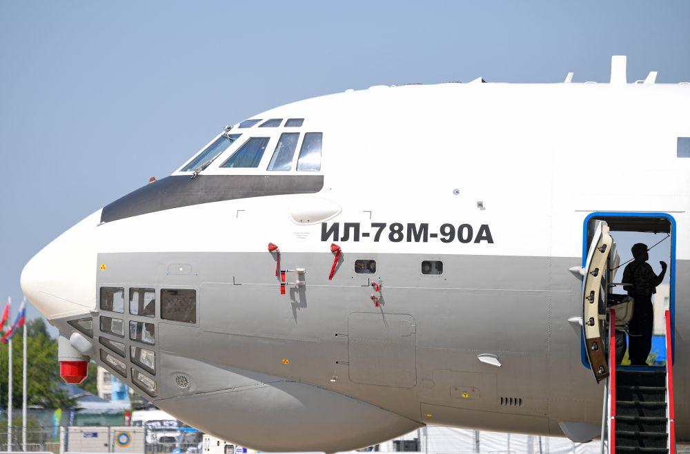 Военно-транспортный самолет Ил-78М-90А, представленный на Международном авиационно-космическом салоне МАКС-2021