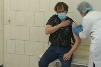 Замминистра рассказала о действии вакцины на новые штаммы