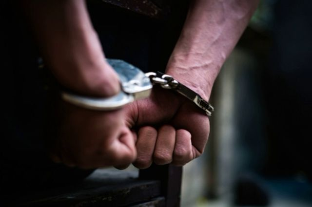 Задержали тюменца, обокравшего пенсионерку через ее же телефон