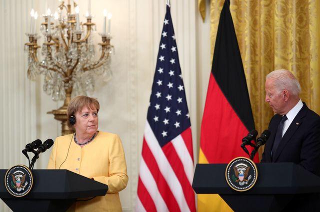 Во время встречи Ангелы Меркель с Джо Байденом.