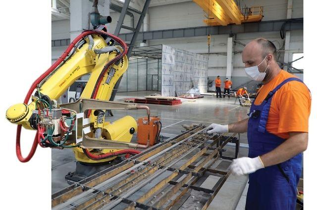 Несмотря на наличие современного оборудования, без ручного труда на производстве пока не обойтись.