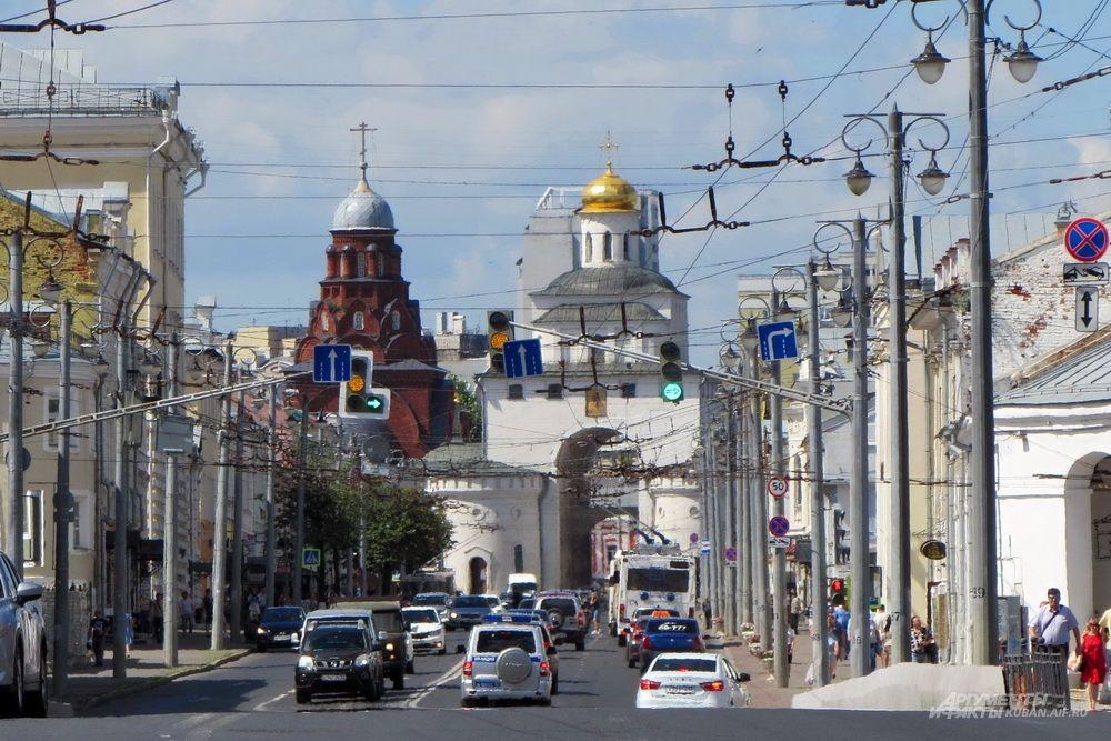 Центральная улица Владимира.