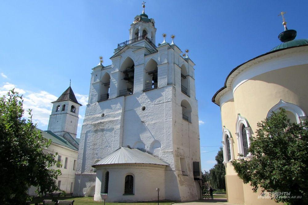 Спасо-Преображенский собор в Ярославле.