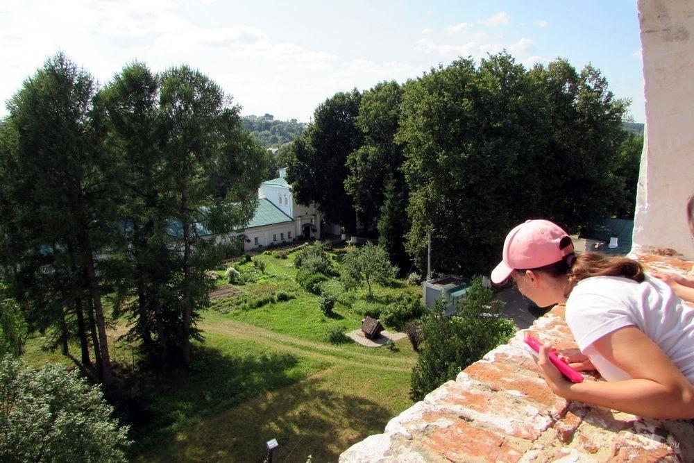 Вид с колокольни в музее-заповеднике «Александровская слобода».