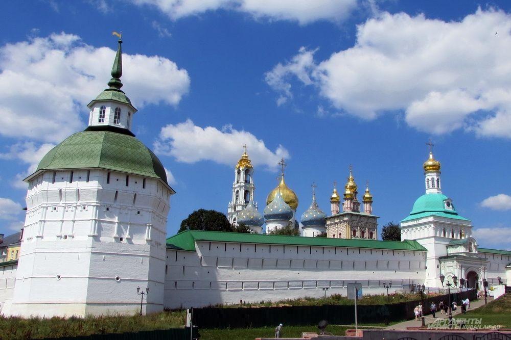 Свято-Троицкая Сергиева Лавра в Сергиевом Посаде.