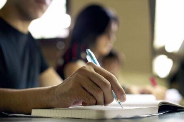 Языковый тест: чиновники будут иметь возможность пересдать экзамен.