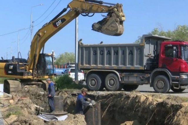 В окружной столице начался ремонт дороги