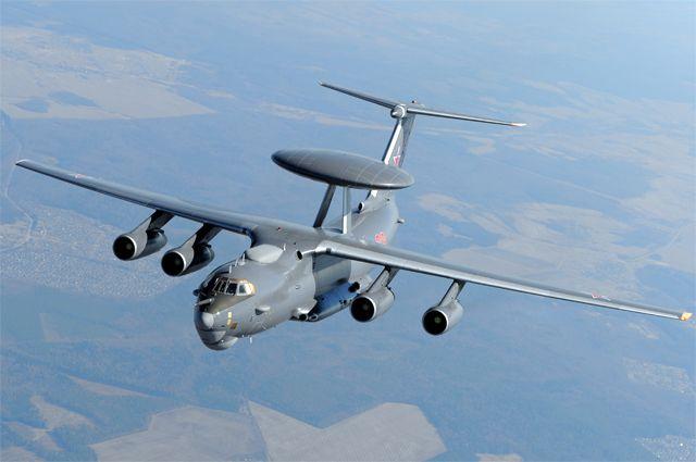Самолет дальнего радиолокационного обнаружения (ДРЛО) А-50У.