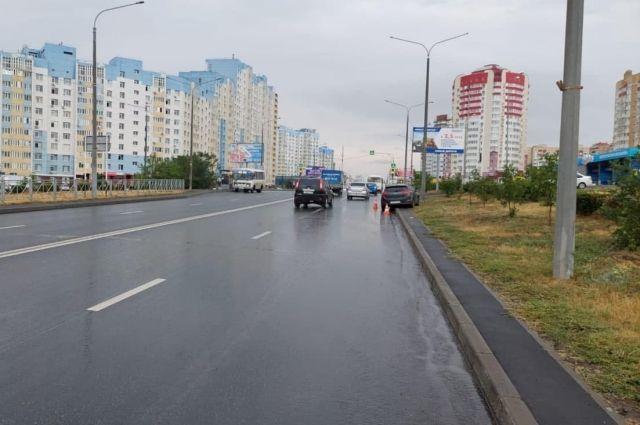 Авария произошла на улице Салмышской.