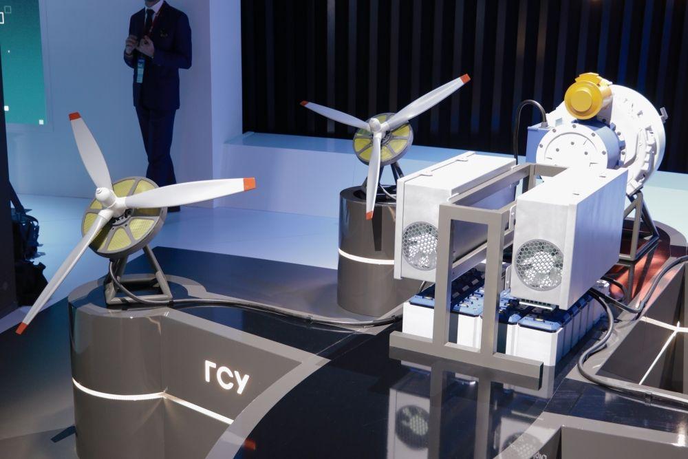 Гибридная силовая установка, предназнаенная для лёгких вертолётов и беспилотных летательных аппаратов.