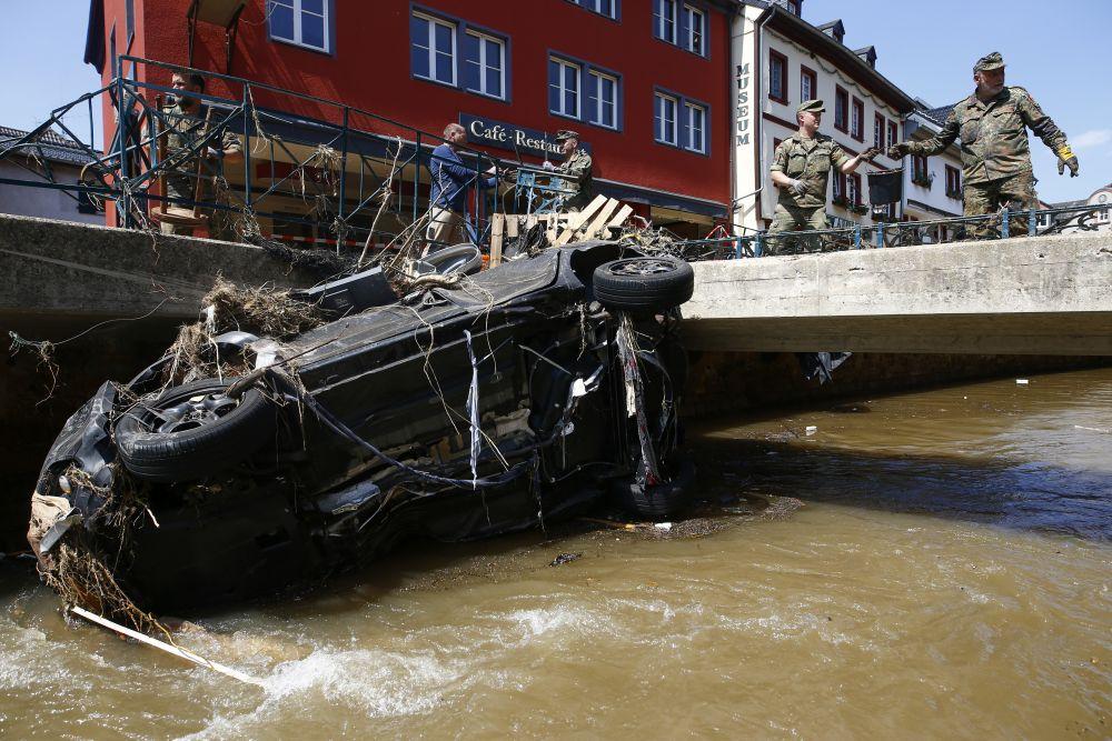 Ликвидация последствий наводнения в Германии