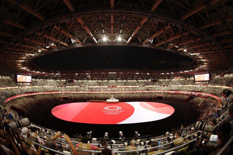 Перед началом церемонии открытия на Национальном олимпийском стадионе
