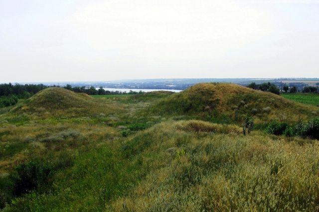 Археологи обнаружили захоронение времен 15-го века в Запорожской области