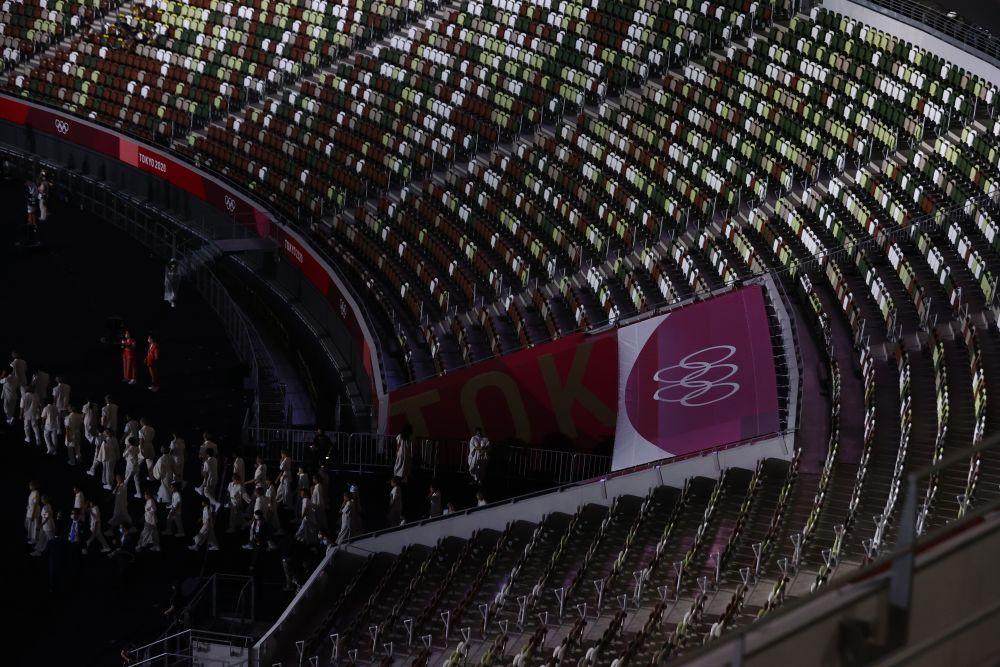 Трибуны на Национальном олимпийском стадионе во время церемонии открытия