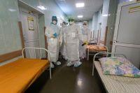 В Новотроицке медсестра из «красной зоны» подала в суд на COVID-госпиталь после отказа в начислении страховых  выплат.