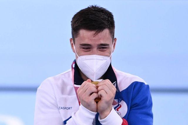 Российский спортсмен, член сборной России Никита Нагорный, завоевавший золотую медаль в командном многоборье среди мужчин на соревнованиях по спортивной гимнастике на XXXII летних Олимпийских играх в Токио.