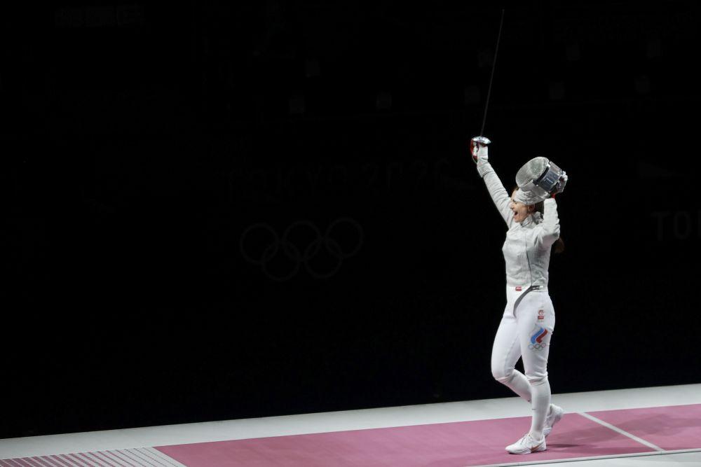 Саблистка Софья Великая завоевала серебро на Олимпиаде в Токио