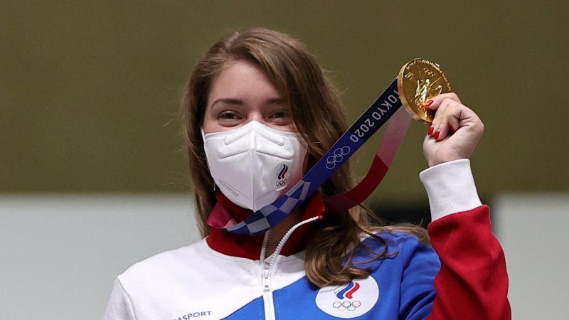 Виталина Бацарашкина завоевала золотую медаль в пулевой стрельбе из пневматического пистолета с 10 метров на Олимпийских играх в Токио
