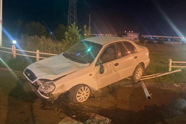 В Ейске пьяный водитель иномарки сбил скутериста и скрылся