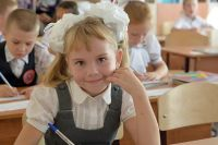 Большинство мест в первых классах заняли братья и сестры уже обучающихся в школе детей.