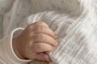 Состояние тяжелое: в Оренбуржье к ИВЛ подключили двухмесячного малыша с коронавирусом.