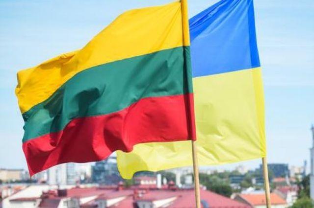 Украина предоставит гумпомощь Литве из-за ситуации на границе с Беларусью