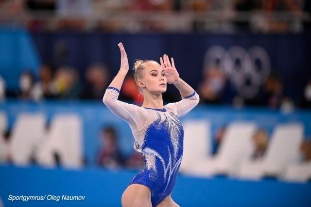Ангелина Мельникова взяла золото в командном многоборье на Олимпиаде-2020.