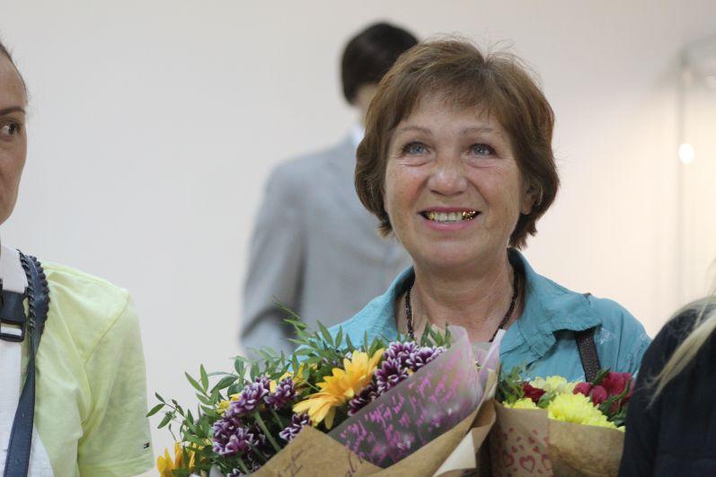 Мама девочек Ольга Викторовна не скрывала слез.