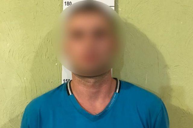 «Пять часов возил в авто»: в Сумах мужчина дважды изнасиловал девушку