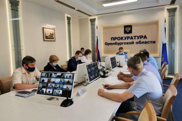 В Оренбуржье выявили 100 нарушений при релизации нацпроекта «Жилье и городская среда».