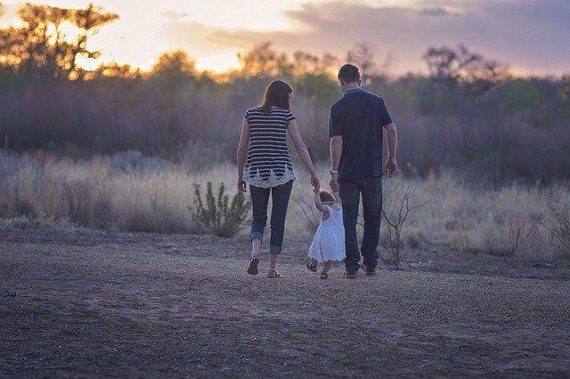 В Минтруде РФ рассказали о назначении новых выплат семьям с детьми