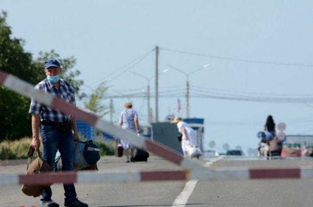 Жители Донбасса назвали основные проблемы на КПВВ