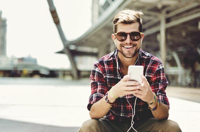 МегаФон предложил абонентам бесплатную подписку на Apple Music на год
