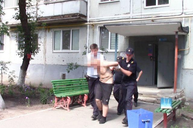 В Оренбурге по горячим следам задержали убийцу-рецидивиста.