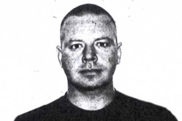 Зузлева искали 9 лет и нашли спустя 20 лет после первого убийства (фото из ориентировки).