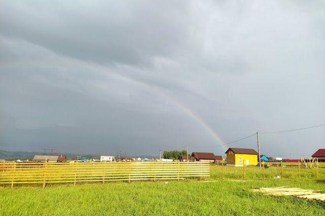Синоптики озвучили прогноз погоды на текущий месяц.