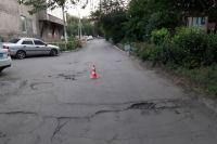 В Новотроицке разыскивают водителя «Гранты», сбившего ребенка и скрывшегося с места ДТП.
