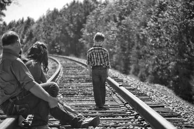 Более 10 тысяч жителей Оренбуржья имеют долги по алиментам перед своими детьми.