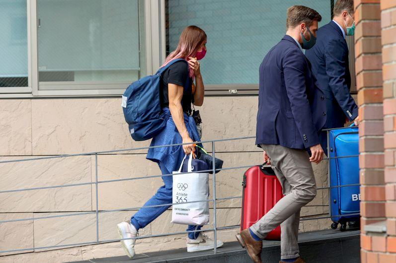 Белорусская легкоатлетка Кристина Тимановская прибыла в посольство Польши в Токио