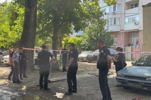 В Одессе на улице застрелили мужчину.