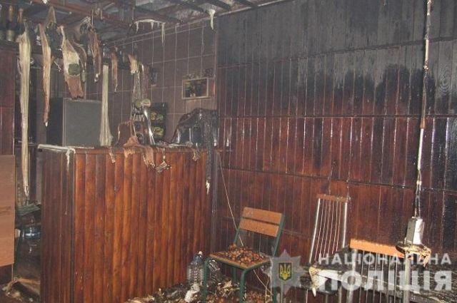 В Киеве мужчине не понравилось обслуживание и он поджег кафе