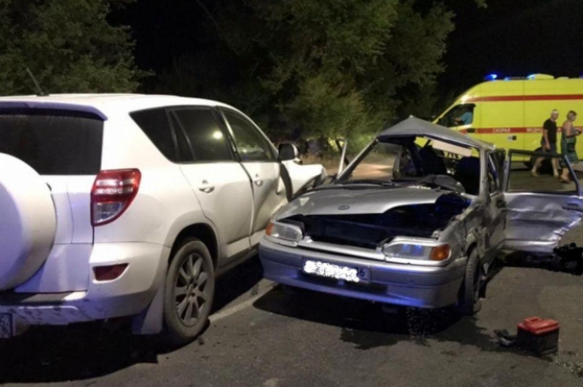 В массовом ДТП в Воронеже один человек погиб и двое пострадали